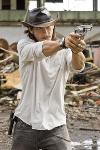 Oscar Jaenada as Cougar in