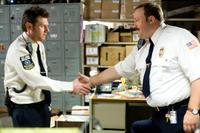 Keir O'Donnell as Veck Sims and Kevin James as Paul Blart in