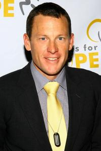 Lance Armstrong at the press conference for Athletes for Hope.