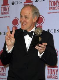 John Lithgow at the 2002 Tony Awards.