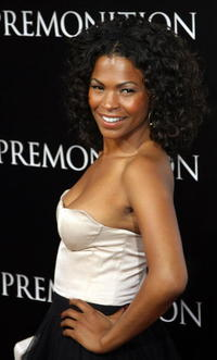 Nia Long at the premiere of