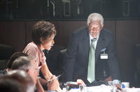 Angela Basset as Lynne Jacobs and Morgan Freeman as Speaker Trumbull in