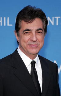Joe Mantegna at the 8th Annual Hollywood Bowl Hall of Fame Night honoring its Orchestra Founding Director John Mauceri and Tenor Placido Domingo.