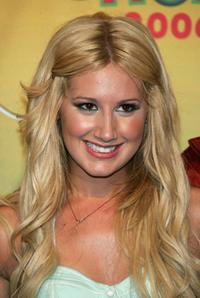 Ashley Tisdale at the 8th Annual Teen Choice Awards.