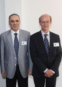 Garry Kasparov and Jan Callewaert at the press conference of Chess Foundation Launch in Valencia.
