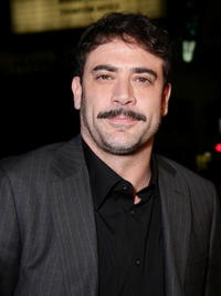 Jeffrey Dean Morgan at the Hollywood premiere of