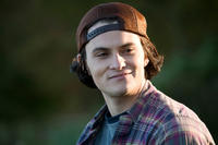Shiloh Fernandez as Ritchie Wheeler in