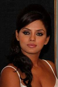 Neetu Chandra at the press conference of