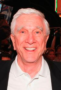 Leslie Nielsen at the premiere of