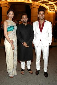 Deepika Padukone, Director Nikhil Advani and Akshay Kumar at the special screening of