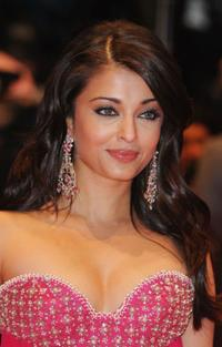 Aishwarya Rai Bachchan at the premiere of