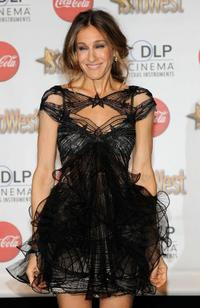 Sarah Jessica Parker at the ShoWest awards ceremony.