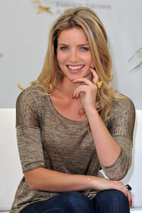 Annabelle Wallis at the photocall of