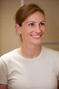 Julia Roberts as Kate Hazeltine in