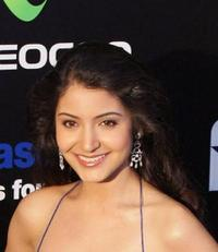 Anushka Sharma at the 10th International Indian Film Academy (IIFA) Awards.
