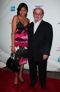 Pia Glenn and Salman Rushdie at the premiere of