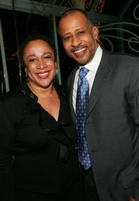 S. Epatha Merkerson and Ruben Santiago-Hudson at the 2005 National Board of Review of Motion Pictures Awards ceremony.