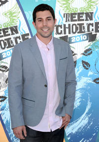 Micah Sloat at the 2010 Teen Choice Awards in California.