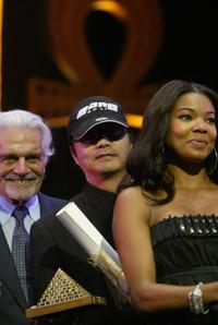 Omar Sharif, Zhang Jiaru and Gabrielle Union at the closing ceremony of Cairo's 30th International Film Festival.