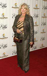 Connie Stevens at the Society of Singers 14th Annual Ella Award honoring Sir Elton John.