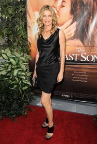Kate Vernon at the premiere of