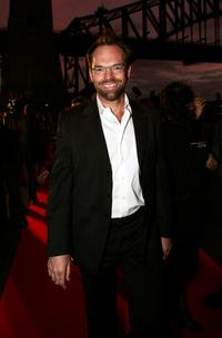 Hugo Weaving at the 2005 Lexus IF Awards.