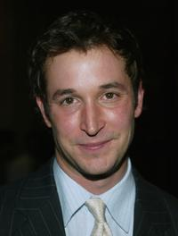 Noah Wyle at the 26th Annual Voices for Justice 2004 Human Rights Watch Annual Dinner.