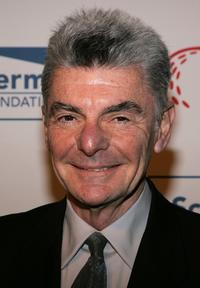 Richard Benjamin at the 16th Cool Comedy - Hot Cuisine benefiting Scleroderma Research Foundation.