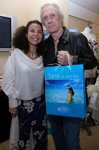 David Carradine and Veronique Hunkin Tomasi at the Beverly Hilton for the 2007 World Talent Style lounge.