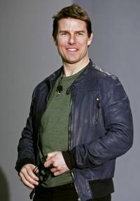 Tom Cruise at the 2006 Consumer Electronics Show.