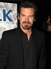 Josh Brolin at the 2008 New York Film Critic's Circle Awards.