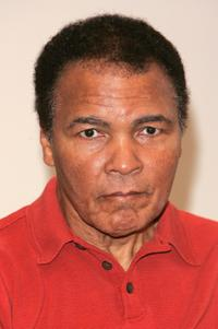 Muhammad Ali at Barnes and Noble to promote his new book