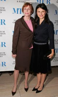 Carol Burnett and Tracey Ullman at the MT&R Premiere Screening of