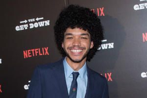 News Briefs: 'Get Down' Star Justice Smith Snares Secret 'Jurassic World 2' Role