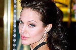 Scoop This: Jolie as Cleopatra, Burton on Monsterpocalypse and Love-Hewitt as Wonder Woman?