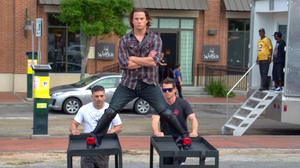 Channing Tatum Mimics Jean-Claude Van Damme's Epic Splits on '22 Jump Street' Set