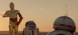 'Star Wars' Buzz: Watch C-3PO and R2-D2 Meet BB-8, Plus: See the First Clip from 'The Force Awakens'