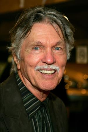 tom skerritt filmography and movies fandango Journey Back To Christmas Cast