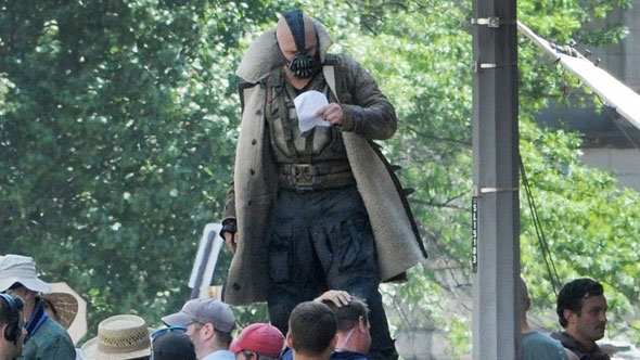 bane costume dark knight rises Banes Costume in The Dark Knight Rises Leaks Online, Internet Follows Outrage Pattern Accordingly