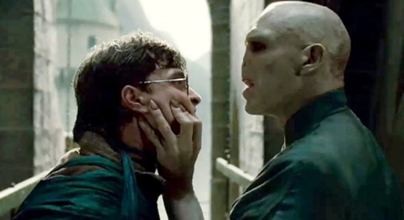 harry potter and the deathly hallows part 2 redlights%20(1) Weekend Chatter: What Did You Think of Harry Potter and the Deathly Hallows: Part 2