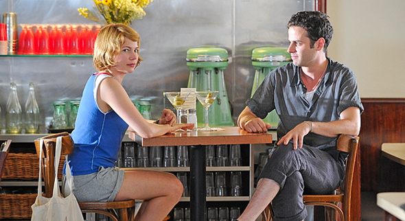 Luke Kirby and Michelle Williams in Take This Waltz