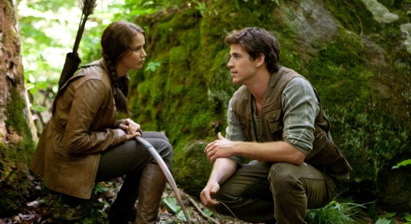http://images.fandango.com/MDCsite/images/featured/201109/the-hunger-games-movie-photo-01.jpg