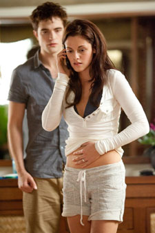 twilight pregnancy Breaking Dawn Birthing Scene Reportedly Causing Seizures