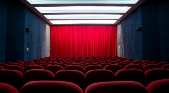theaterseats1 The Conversation: Should Theaters Accomodate Texting and Tweeting?