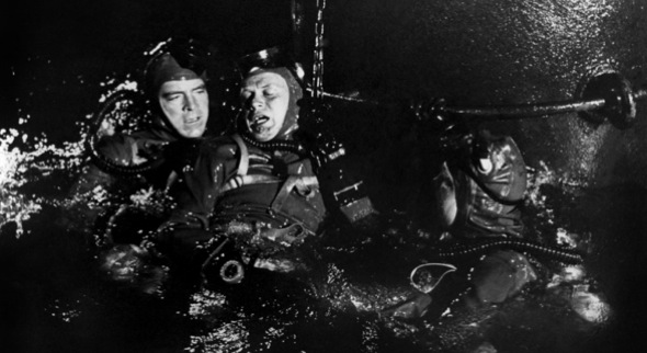 hommes grenouilles 1951 03 Our Real Life Navy SEAL Rates the Authenticity of 10 Navy SEAL Movies (Exclusive)