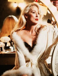 Meryl Streep in Death Becomes Her
