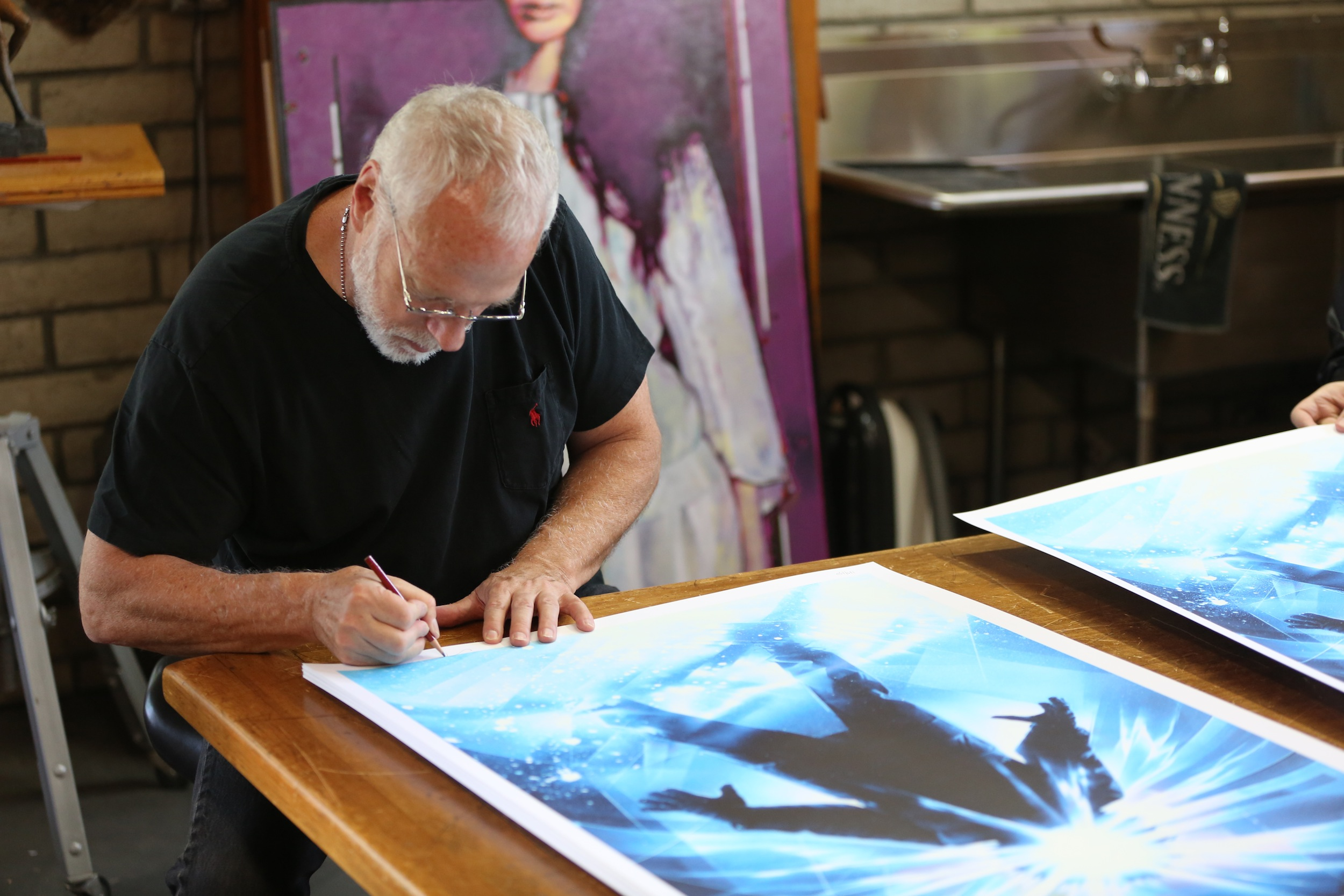 mondo struzan signing Best of the Week: Twilight and Jurassic Park Reboot Chats, Obscure DVDs and More