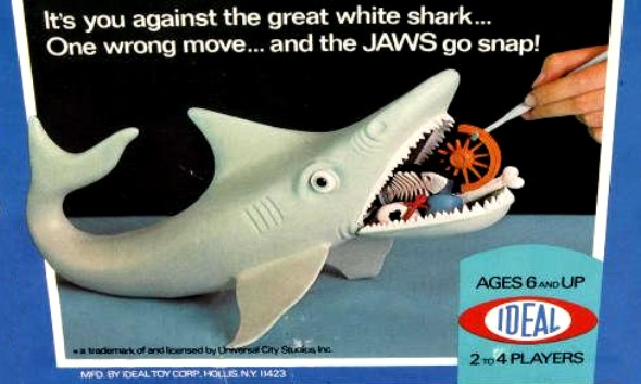 Jaws board game by Ideal