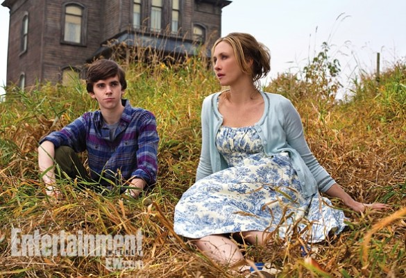 Bates Motel Nomran and Norma