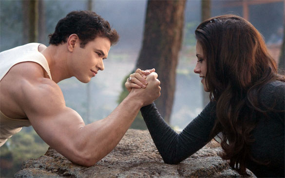 ... Twilight' Star Will Shake the Foundations of Olympus in 'Hercules 3D